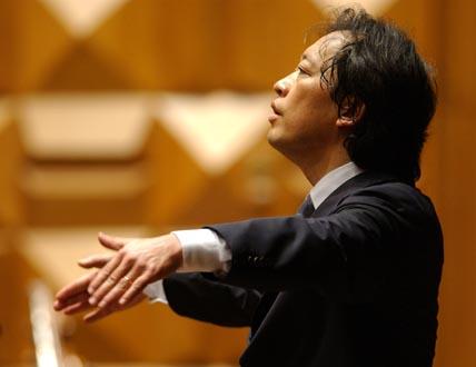Myung-Whun Chung joue la Huitième de Mahler à la Basilique Saint Denis