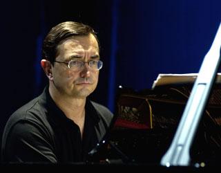 Christian Creutz photographie Pierre-Laurent en récital au festival Musica 2005
