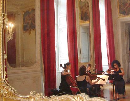 le jeune Quatuor Alma joue Debussy, Mozart et Webern