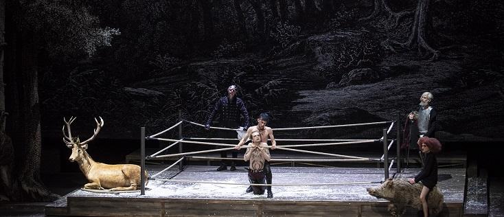 """Marcial Di Fonzo Bo met en scène """"King Arthur"""" de Purcell à Genève..."""