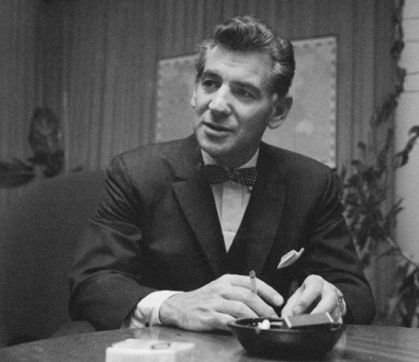 Leonard Bernstein en 1959, trois ans après la création de Candide à Broadway