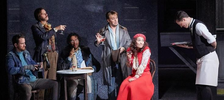 Alexandra Cravero joue Bohème, notre jeunesse, d'après l'ouvrage de Puccini
