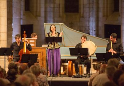 le soprano Amel Brahim-Djelloul avec les ensembles L'Achéron et Sultan Veled