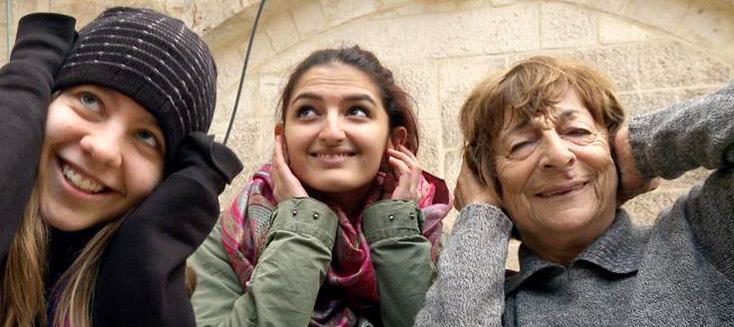 """Survivante de Terezín, Greta rencontre la nouvelle """"génération Brundibár"""""""