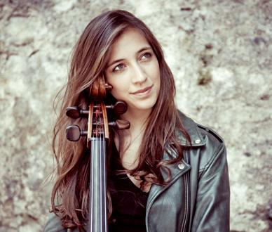 la jeune violoncelliste Camille Thomas, au Printemps des arts de Monte-Carlo