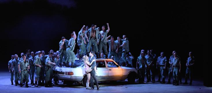 Étrange Carmen (Bizet) hyper-violente de Calixto Bieito à l'Opéra Bastille