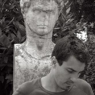 le jeune compositeur français Jérôme Combier