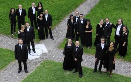 le Coro Filarmonico Trentino, photographié à Bolzano par Gregor Khuen Belasi