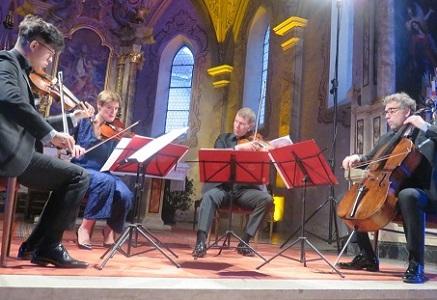 au festival tyrolien Klangspuren, le Quatuor Diotima joue Saunders, Fuentes, etc
