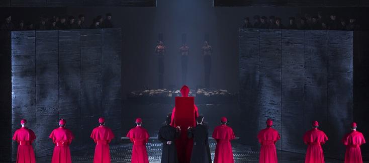 à Valence (Espagne), reprise du Don Carlo (Verdi) de Marco Arturo Marelli
