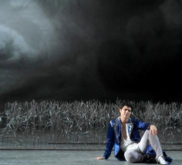 le beau Franco Pomponi est Don Giovanni à l'Opéra national de Montpellier