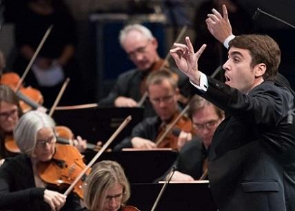 Pablo Rus Broseta à la tête du SWR Sinfonieorchester à Donaueschingen