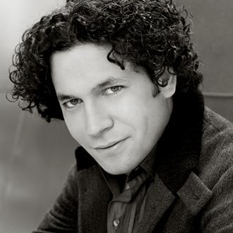 le jeune chef vénézuélien Gustavo Dudamel photographié par Richard Reinsdorf