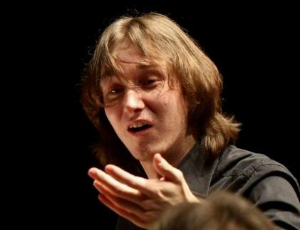 le jeune Maxim Emelyanychev joue Die Entführung aus dem Serail à Paris