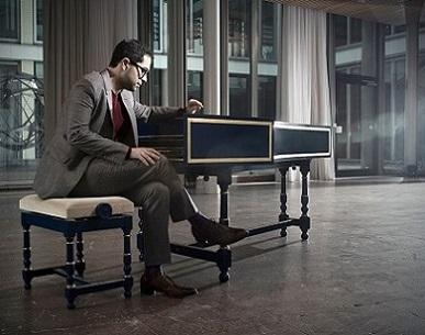 à Salzbourg, le claveciniste Mahan Esfahani improvise sur Miroslav Srnka