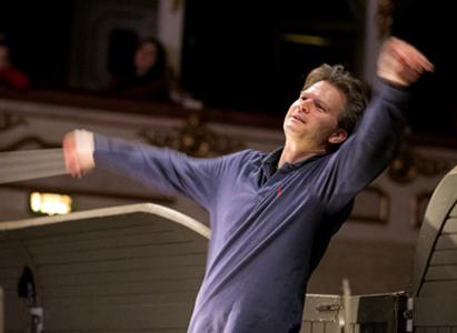 Christopher Franklin joue La sonnambula, opéra de Bellini, à Paris (TCE, 2016)