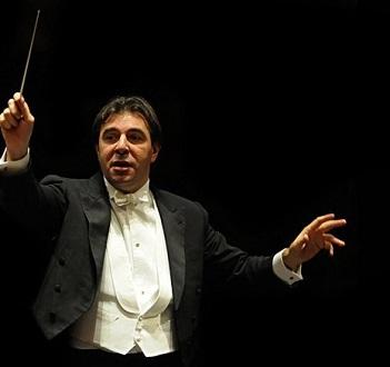 à Paris, Daniele GAtti dirige une intégrale des symphonies de Tchaïkovski