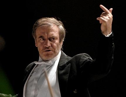 à la tête du LSO, le chef russe Valery Gergiev joue Berlioz à PLeyel (Paris)