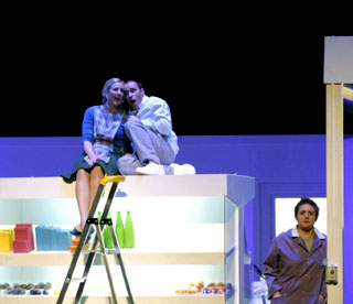 l'Opéra Comique (Paris) joue Albert Herring de Britten d'après Maupassant
