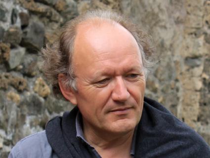 le compositeur français Philippe Hurel, invité à Nantes par l'ensemble Utopik