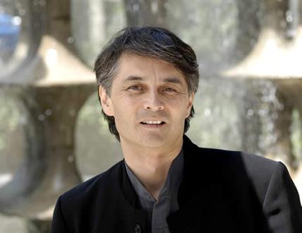 le chef Jun Märkl, nouveau patron de l'Orchestre national de Lyon