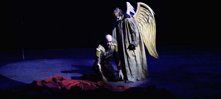 à l'Opéra de Dijon, Christian Backhaus est l'Empereur d'Atlantis (Ullmann)