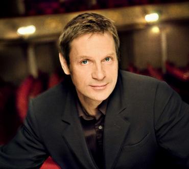 Liederabend du baryton Simon Keenlyside au Théâtre du Châtelet (Paris)