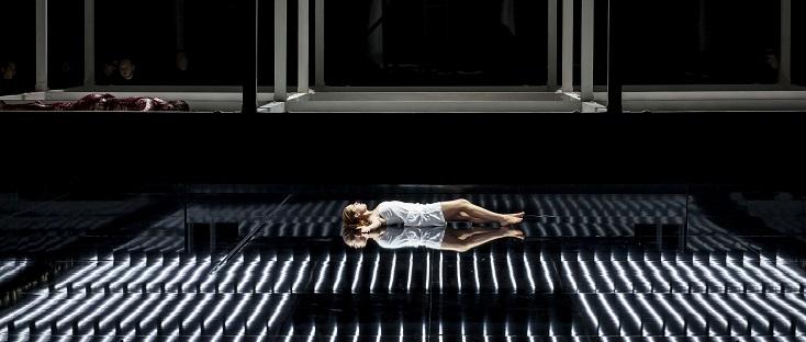 À Lausanne fin 2017, Lucia di Lammermoor mis en scène par Stefano Poda