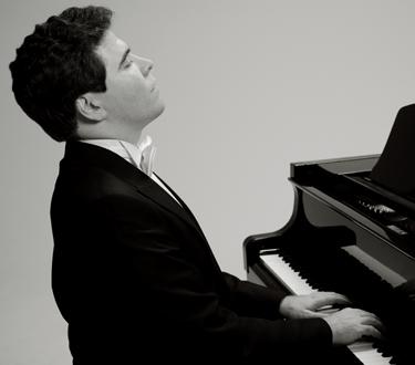 le jeune pianiste russe Denis Matsuev (Денис Мацуев), en récital à Paris