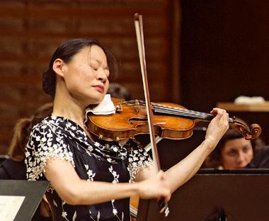 Sous la direction de Gatti, Midori joue Mendelssohn au Lucerne Festival