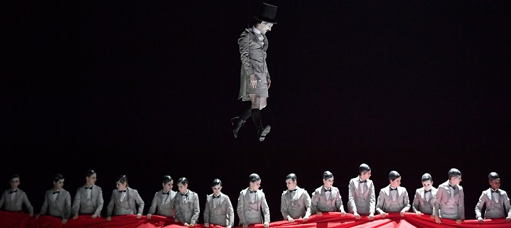 Tito Muñoz joue A midsummer night's dream, l'opéra de Benjamin Britten