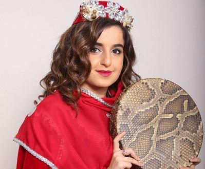 Kamila Nabiyeva honore le mugham au Théâtre des Abbesses (Paris)