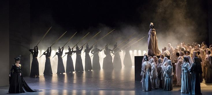 à l'Opéra de Nice, reprise du Nabucco (Verdi) de Jean-Christophe Mast