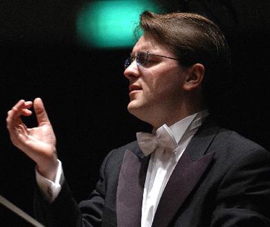 Tomáš Netopil dirige l'Orchestre de Paris, programme Dvořák et Martinů