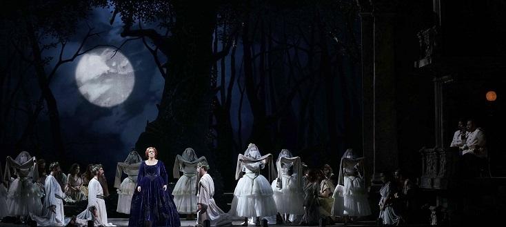 """à Madrid, Justin Way met en scène """"Norma"""" de Bellini"""
