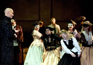 à La Monnaie (Bruxelles), Le nozze di Figaro (Mozart) vu par Christof Loy