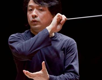 Ryusuke Numajiri dirige Fujikura, Hosokawa, Messiaen et Takemitsu