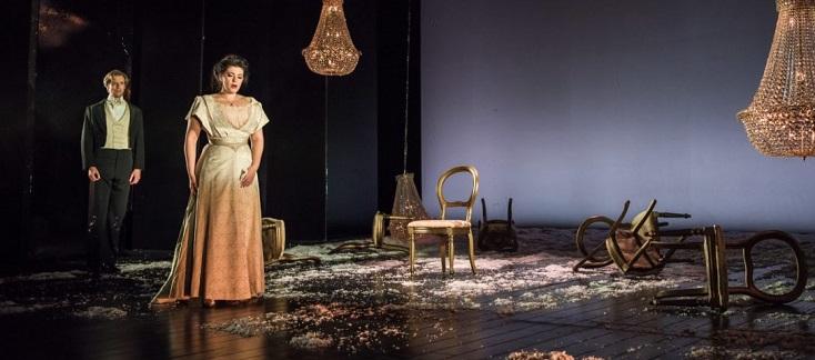 superbe Shelley Jackson en Tatiana d'Eugène Onéguine (Tchaïkovski) à Buxton !