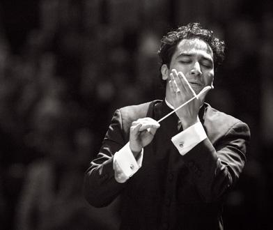 Deuxième de Mahler à Londres par Andrés Orozco-Estrada à la tête du LPO