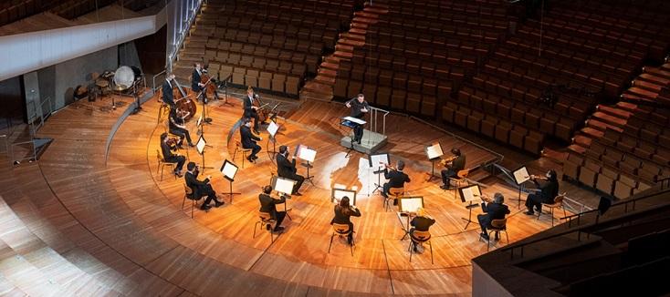 """Concert """"confiné"""" de Kirill Petrenko et des Berliner Philharmonike, 1er mai 2020"""