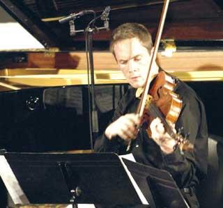 Kyle Armbrust, membre du Quatuor Phædrus, joue au Festival de Verbier