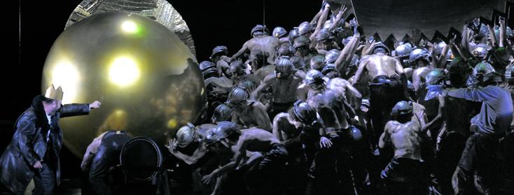 Charles Duprat photographie la reprise de Rheingold (Wagner) à l'Opéra Bastille