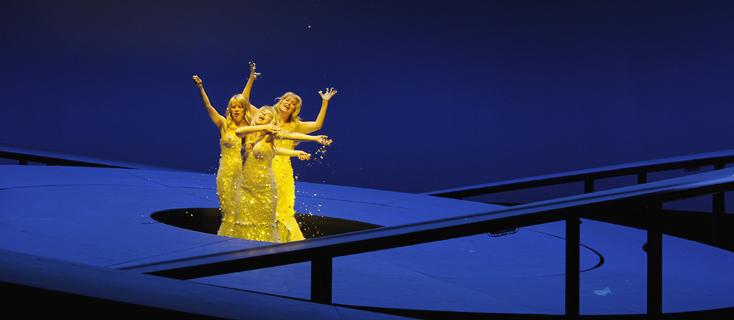 l'Or du Rhin mis en scène par Vera Nemirova à l'Opéra de Francfort