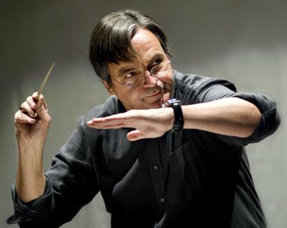 le chef allemand Ulf Schirmer dirige Cinq-Mars, opéra de Gounod, à Versailles