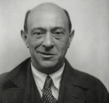 sourire féroce d'Arnold Schönberg : lunaire, Pierrot ?...