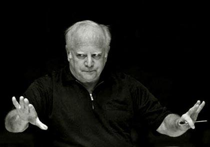 Leonard Slatkin dirige l'Orchestre national de Lyon