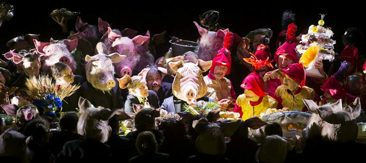 à la Komische Oper de Berlin, La foire de Sorotchintsy de Moussorgski : génial !