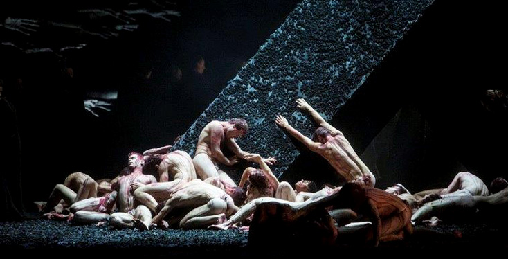 à découvrir en mai 2016 : Otello de Verdi par Stefano Poda à Budapest