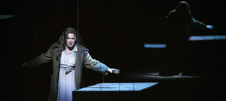 à l'Opéra Bastille, Anna Netrebko est Leonora du Trovatore (Verdi) – 31/01/2016