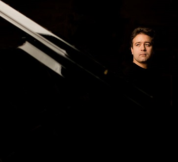 Au Théâtre des Champs-Élysées, récital russe du pianiste Alexeï Volodin